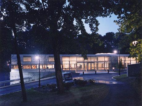 Bryn Mawr College 1
